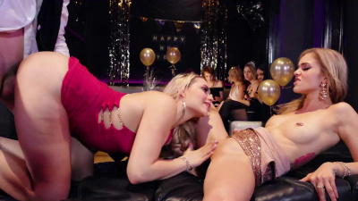 Kali Rose & Mia Malkova make out & share dick at the nightclub