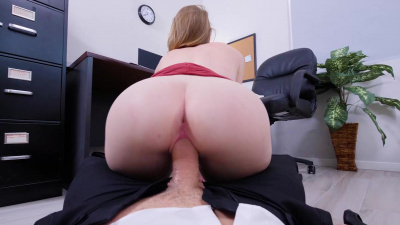 The strawberry blonde sticks her big butt up in the air