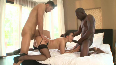 Cindy Loarn sucks two big cocks and gets a hard anal fuck