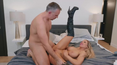 Porn hooker Olivia Austin gets cum all over her face from a horny cheating husband
