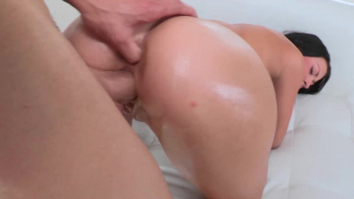 Super cute Kelly Diamond takes long dick deep into her