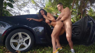 Dirty spanish slut Luna Star crazy outdoor sex