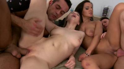Euro whores Beata Undine and Tiana epic foursome