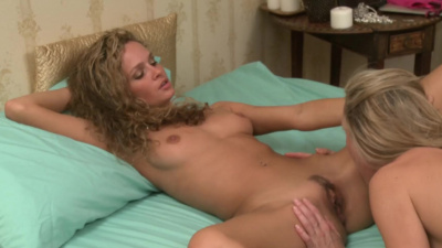 Brandi Love and Prinzzess lascivious lesbian sex
