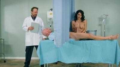 Nurse Valentina Nappi milks patients cock with a titjob & her wet pussy