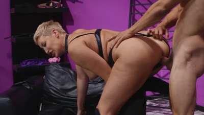 Busty dominatrix Ryan Keely plays with her sex slave