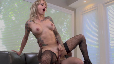 Tattooed chick Sammie Six getting her pussy rammed on camera