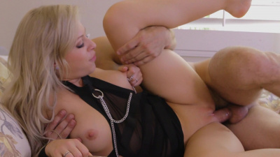 Incredibly hot Zoey Monroe bounces up and down on some hard shaft
