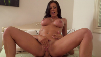 Kendra Lust seduces her young and handsome tenant