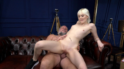 Sexy delivery girl Miss Melissa gets fucked by old guy
