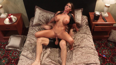 Dom with the best body ever Madison Ivy fucks her sex slave