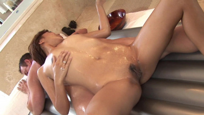 Asian masseuse Lana Violet eager to give happy ending